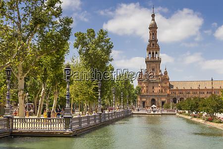 northern tower at plaza de espana