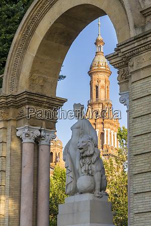 northern tower of plaza de espana