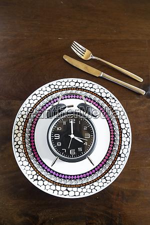 intermittent fasting trend 168 fasten alarm