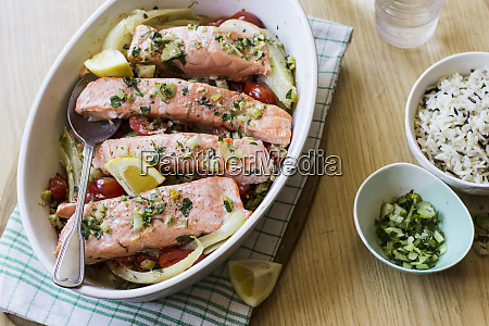 salmon with fennel bulbs cherry tomatoes