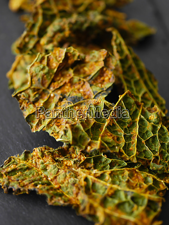 savoy cabbage chips