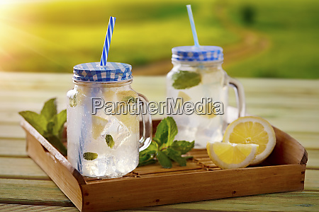 refreshing lime lemonade