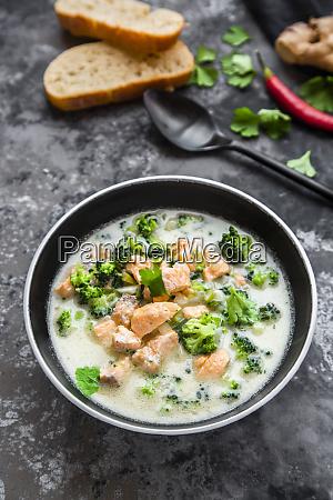 cocos salmon soup with broccoli leek