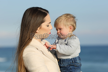 mother, and, her, baby, son, frowning - 26549861