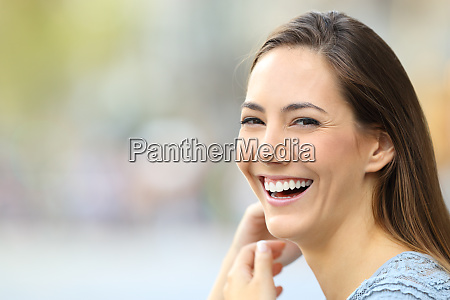 portrait of a happy woman smiling