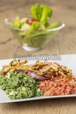 beetroot and spinach spaetzle on a