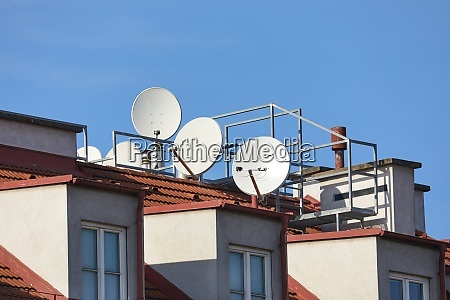 rooftop parabola satellite receivers