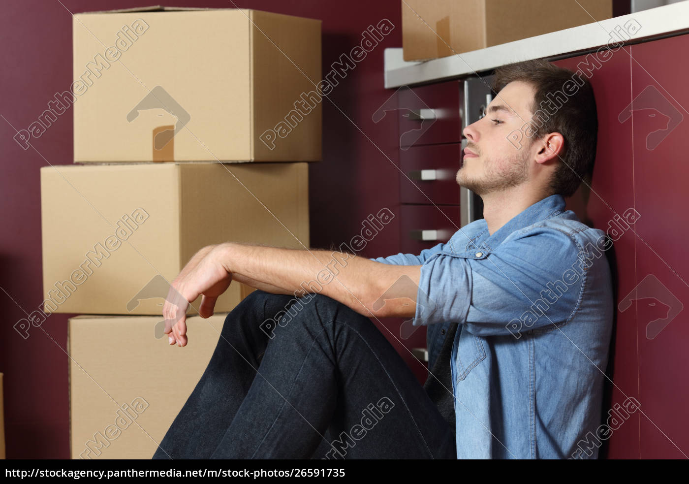 sad, man, moving, home, sitting, in - 26591735
