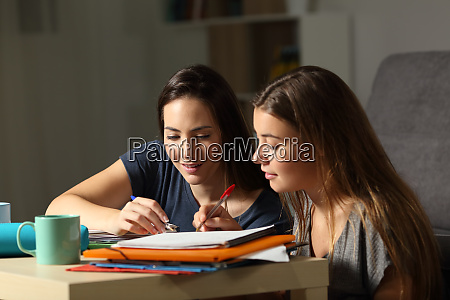students helping to learn in the