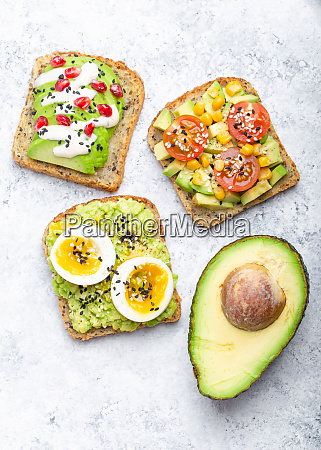 avocado healthy toasts