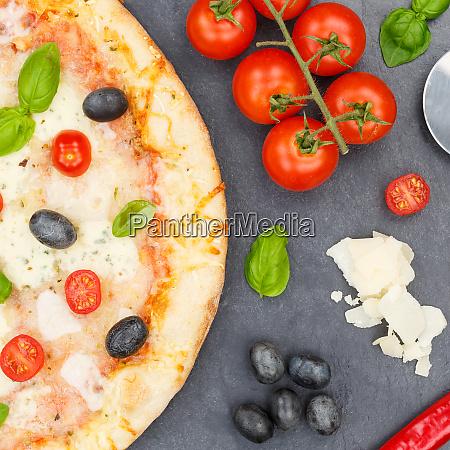 pizza margarita margherita from above square