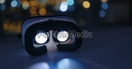 virtual reality play video inside at