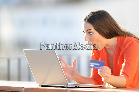 amazed buyer finding online offers on