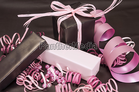 gift boxes with bow on brown