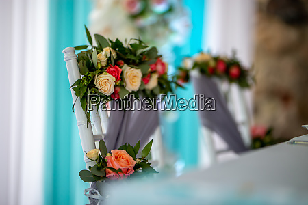 bouquet of roses tied on the