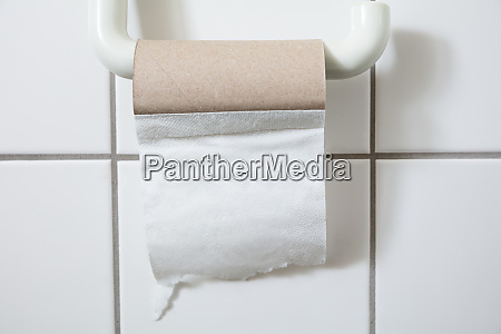 close up of empty toilet paper