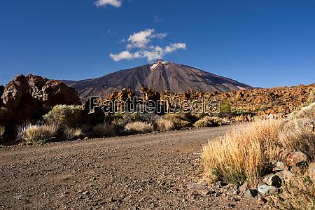 el teide spains highest mountain on