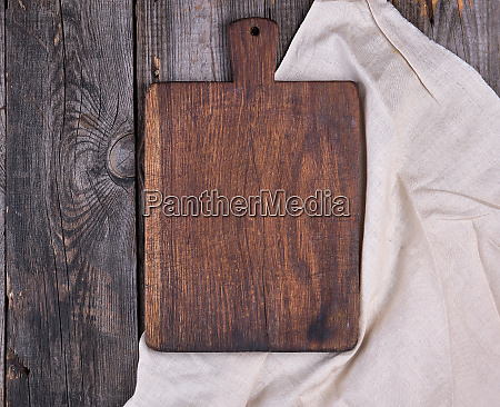 empty old brown wooden cutting board