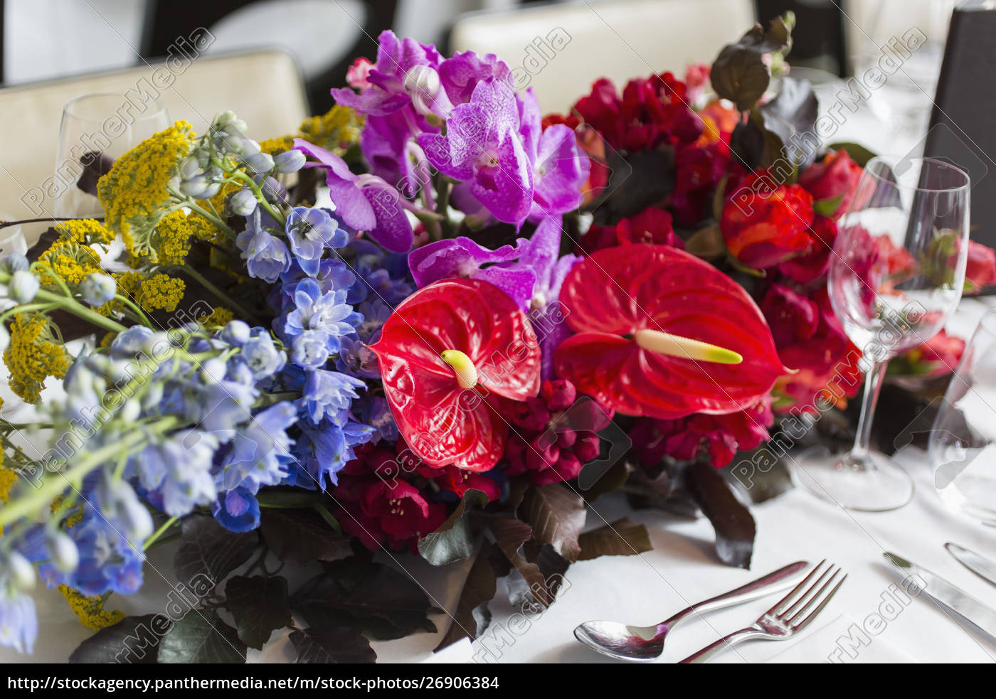 still, life, vibrant, , tropical, table, bouquet - 26906384