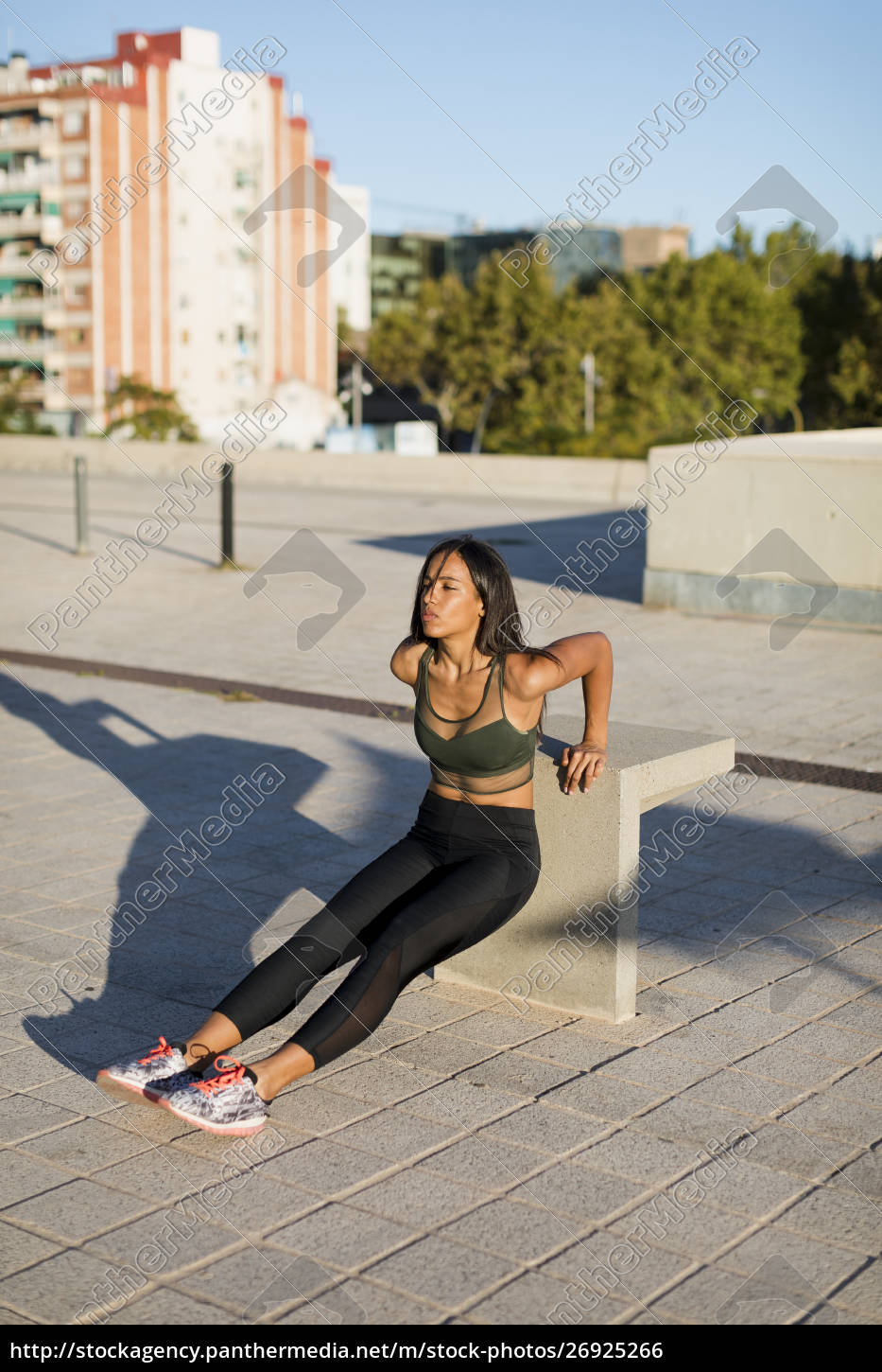 young, woman, doing, workout, exercise, in - 26925266
