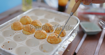 make of takoyaki at home