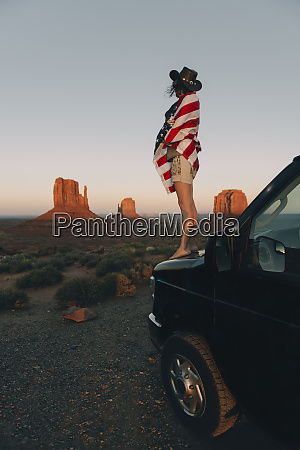 usa utah monument valley woman with