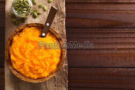vegan pumpkin puree or mash