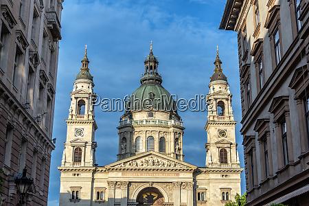 beautiful st stephens basilica
