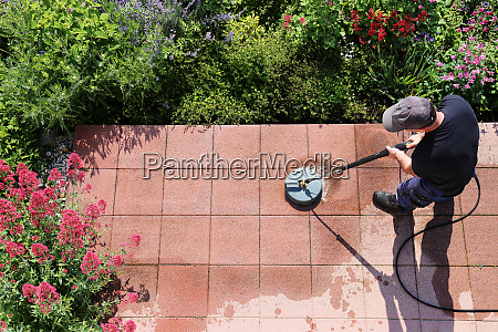 cleaning stone slabs with the high