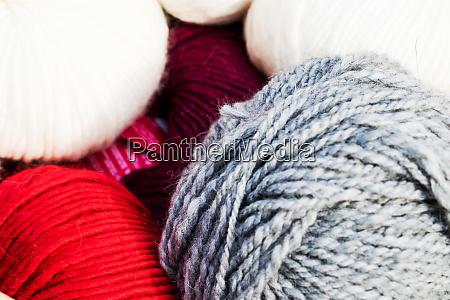 choose a ball of yarn