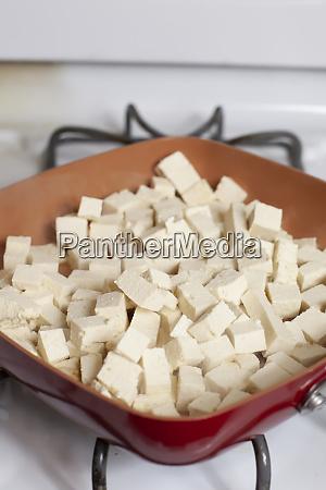cooking tofu