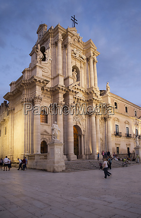 italy sicily ortygia syracuse cathedral of