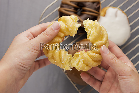 pulling apart a donut