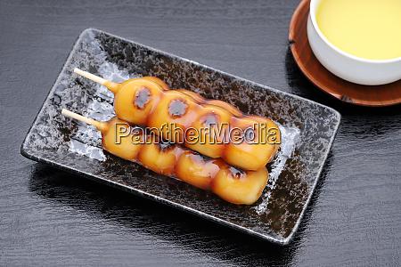 japanese traditional confectionery mitarashi dango