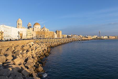 santa cruz cathedral and ocean seen