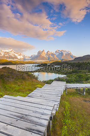 boardwalks at lake pehoe torres del