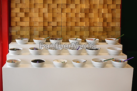 buffet bowls