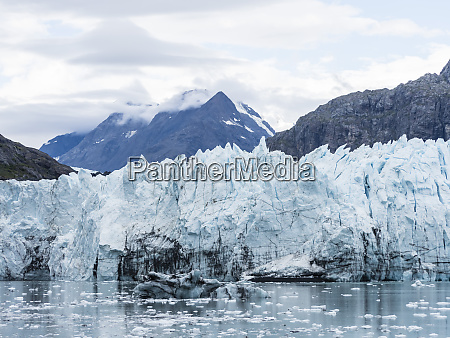 the margerie glacier whose face is