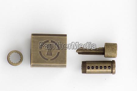 practice lock for lockpicking and locksmiths