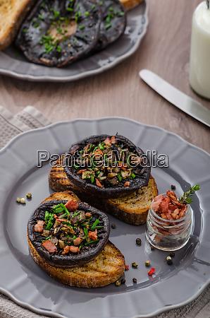 portobello stuffed with herbs