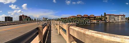 walkway across bridge over big hickory
