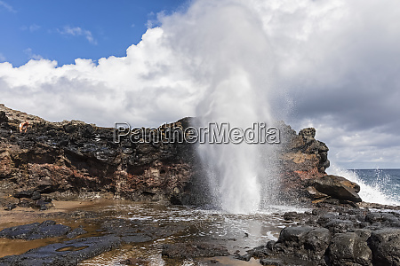 nakalele blowhole west maui mountains maui