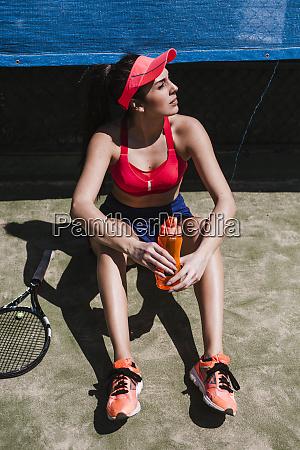 female, tennis, player, sitting, on, court - 27116663