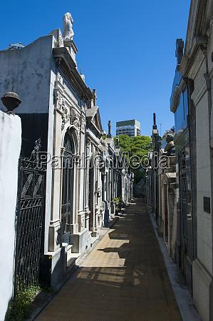 la recoleta cemetery buenos aires argentina