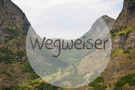 valley and mountain norway wegweiser means