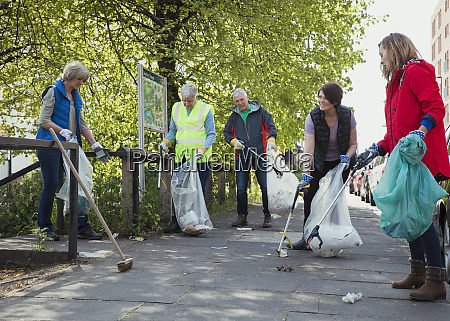 city cleaners volunteering