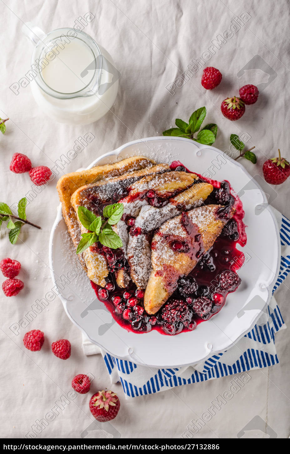 french, toast, with, fruits - 27132886