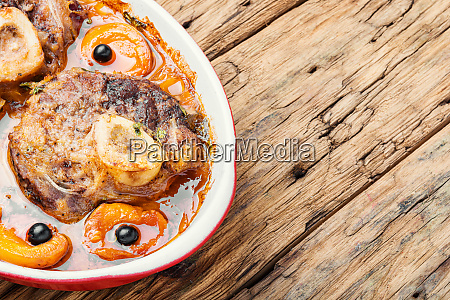 meat cooked in apricot sauce