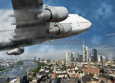 aircraft over frankfurt