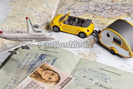 symbolfoto travel documents